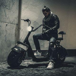 Harleyscooter valmistajalta X-PRO, Fatboy värissä  0